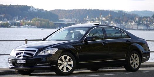 Mercedes Limo Service mit S400 Limousine