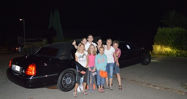 Moon and Stars Limo Transfer 15