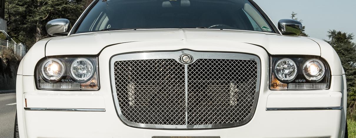 Chrysler 300 Limousine Slider 02
