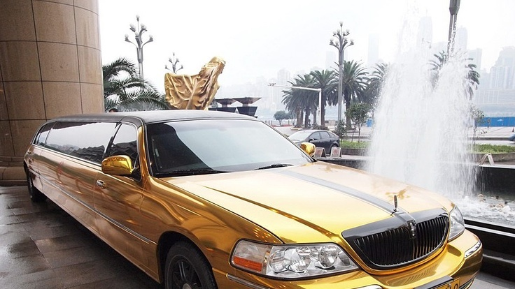 Gold Stretch Limousine