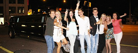 Party Limousine Slide 02