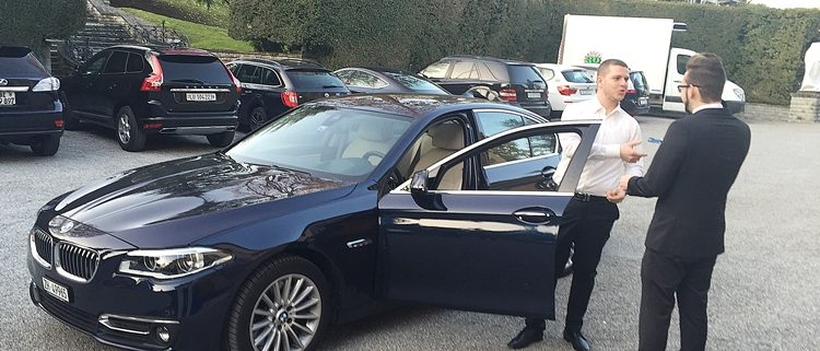 Chauffeur für reiche Leute