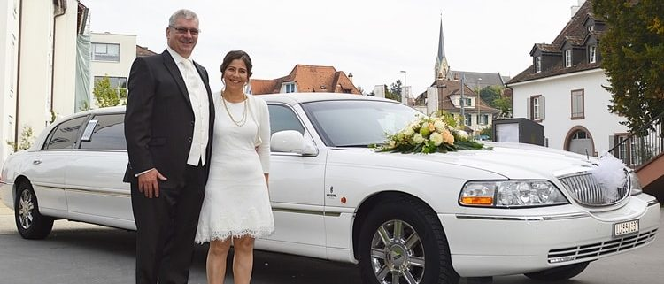 Avivas Hochzeit Stretchlimo