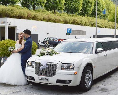 Hochzeitslimo Chrysler in weiss von Krystal
