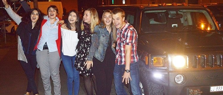 Alessias Hummer Limousinen Fahrt