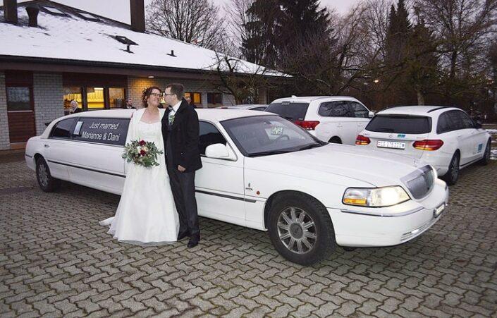 Hochzeitslimousine für Brautpaar Marthy