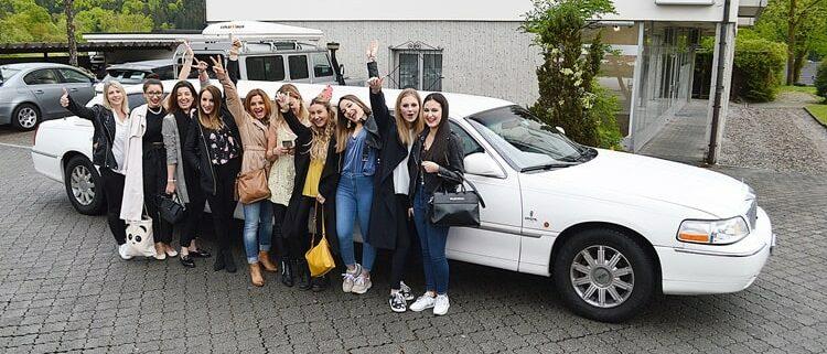 Girls Polterabend Limousine in Luzern