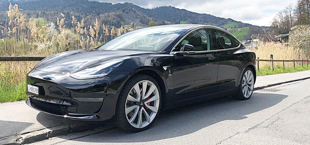 Tesla 3 Slider 1