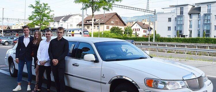 Andy und Irène Hochzeitstags-Limousine