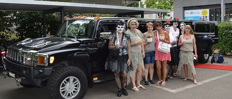 HäxXxs Stretch Limousine zum Geburtstag