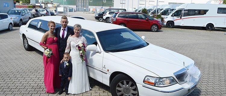 Chauffeur Stretchlimousine zur Eventfabrik