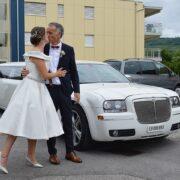Tom und Melindas unvergessliche Hochzeitslimo