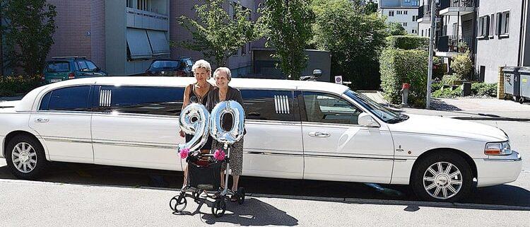 Heidy 90 Geburtstag mit Stretchlimofahrt