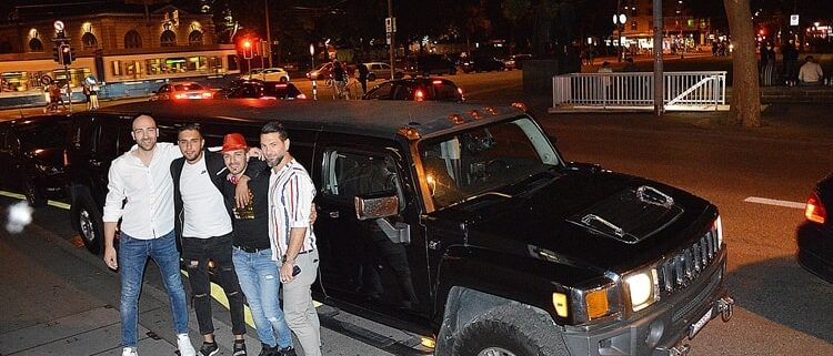 Paolos Polter Hummer Limousine Service