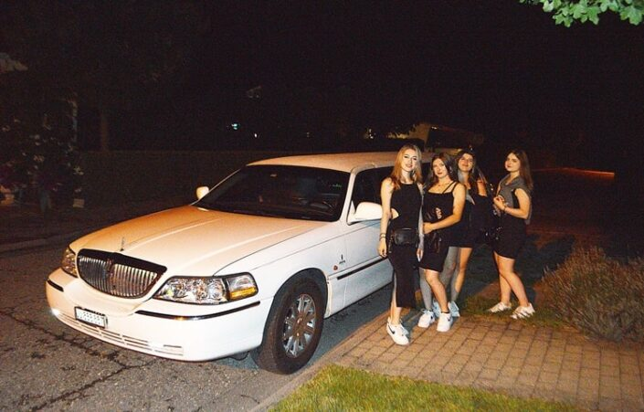 Viviens Geburtstag Limousine